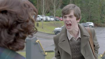 AE_Bates-Motel_Inside-the-Episode-Ep-108-A-Boy-and-His-Dog_108_136476_SF_FIX_HD_360x203-16x9